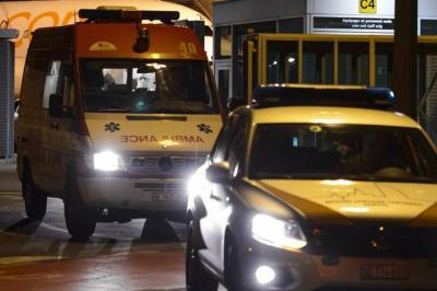 20141122004923-ambulancias-q-trasladan-al-medico-cubano.jpg