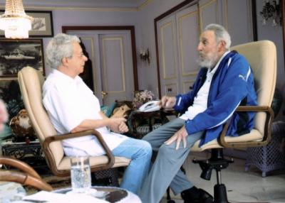 Conversan Fidel y Frei Betto