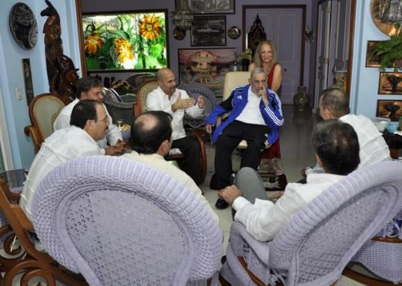 Fidel y los cinco 9